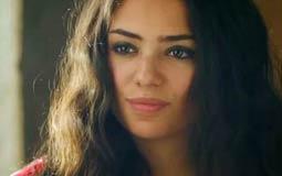 """لفتت الممثلة الشابة ثراء جبيل الأنظار إليها في مسلسل """"كفر دلهاب""""، خاصة بعد موقفها البطولي مع """"الطبيب سعد"""" (يوسف الشريف)، والتي كانت الوحيدة التي شهدت بالحق ولم تخف من العواقب."""