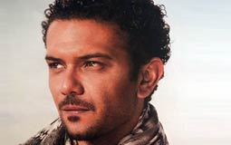 بالفيديو- آسر ياسين: الإصابة منعتني من لعب كرة القدم