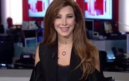بالفيديو- نانسي عجرم تقدم نشرة الأخبار