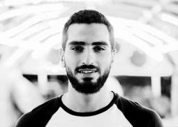 محمد الشرنوبي يوجه رسالة شكر لأصالة ولشقيقها ولوالدته الثانية إسعاد يونس