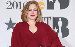 بعد فوزها بجائزة أفضل ألبوم لعام 2016.. أديل تعتذر عن عدم حضور حفل BBC Music