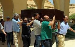 جنازة محمد خان