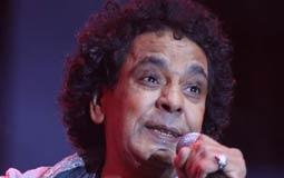 محمد منير في حفله بجامعة مصر