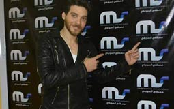 المطرب الشاب مصطفى عز ينتهي من أول ألبوماته ويستعد لتصوير برنس معلم