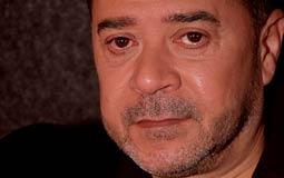 """بالفيديو- مدحت صالح يطرح شارة مسلسل """"عيلة صالح """""""