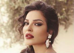 صورة- نادين نسيب نجيم تصدم جمهورها بمرضها