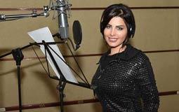 بالصور- شمس الكويتية في الأستوديو من جديد