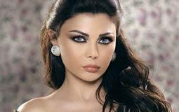 بالفيديو- هيفاء وهبي توجه رسالة لمنتقدي ملابسها