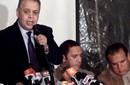 """في مؤتمر لفناني مصر: نرفض إرهاب """"الزعيم"""" ونحيي الموقف المصري"""
