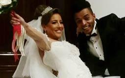 السعادة تغمر العروسين مي كساب وأوكا