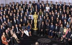 مرشحو أوسكار 2017 في لقطة جماعية قبل موعد حفل توزيع الجوائز في 26 فبراير.