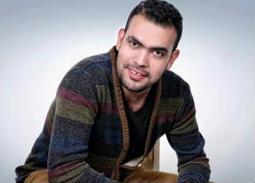 """خالد عليش يخوض Dolly Parton Challenge… """"فوتوشوب الكحيان"""""""