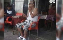 """بعد تجول أحمد راتب في الشارع بـ """"الفانلة"""".. تعرف علي أشهر الملابس الغريبة في السينما المصرية"""