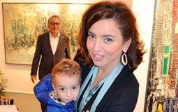 بالصور- ساندرا نشأت تظهر مع ابنها للمرة الأولى