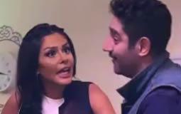 """بالفيديو- """"المشاغب"""" إبراهيم سعيد يطلب من ساندي حلق شعرها.. فماذا كان رد فعلها؟"""