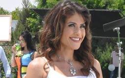"""اتهامها للزوجات المصريات:  قالت الفنانة هيدي كرم إن هناك أكثر من 40% من السيدات المصريات خائنات لأزواجهن.  وأشارت هيدي في حلقة الثلاثاء 13 أكتوبر 2015 من برنامج """"نفسنة"""" المذاع على قناة """"القاهرة والناس"""" أنها استندت في تلك المعلومة على إحصائيات، ولكنها لم تذكر مصدرها.  وأكدت هيدي كرم أن أمر خيانة الأزواج أصبح شائعا جدا في المجتمع المصري، وقالت: """"لم يعد هناك خوف أو حياء، كما أن تلك الزوجات الخائنات يتباهين بخيانتهن لأزواجهن، وذلك لانهن يردن أن يحافظن على الشكل الاجتماعي وعلي الزوج الذي ينفق عليها، وأن يكون لديها في نفس الوقت صاحب لذيذ""""."""