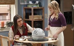 """أبطال Big Bang Theory يتنازلون عن 100 ألف دولار عن كل حلقة من أجل """"إيمي"""" و""""بيرناديت"""""""