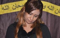 بالفيديو- شجار بين سارة طارق مع زوجة طرابيك الأولى في عزائه