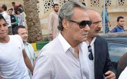 فاروق الفيشاوي في جنازة سيد زيان