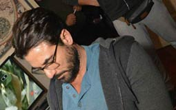 """أحمد عز يستعد لتصوير """"يونس"""" في وسط البلد."""