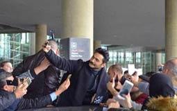 نشر الفنان تامر حسني صورة له من استقبال جمهوره في الأردن التي أحيا فيها حفلا غنائيا ناجحا.