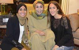 سهير البابلي مع حفيدتيها