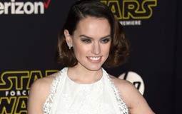 بالفيديو- هل رضخت بطلة Star Wars لضغوط زملائها لحرق تفاصيل الجزء الثامن؟