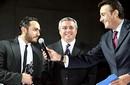 بالصور: تامر حسني يوقع لشركة بيبسي