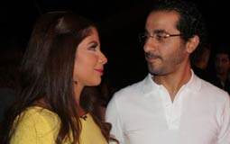 بالفيديو- بمناسبة عيد ميلادهما.. لقطات مرحة ونادرة لأحمد حلمي ومنى زكي