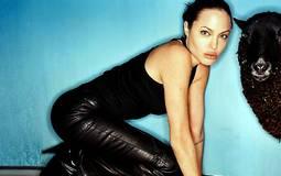 أنجلينا جولي بعدسة ديفيد لاشابيل