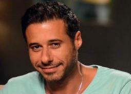 أحمد السعدني يسافر إلى روسيا لحضور مباراة مصر وأورجواي