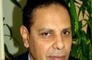 الأسواني وسيمون والحلفاوي يرفضون تصريحات وزير الإعلام الخارجة