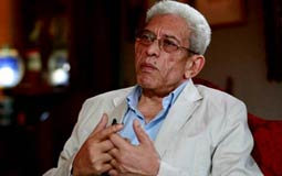 """بلاغ للنائب العام ضد داود عبد السيد بتهمة """"قلب نظام الحكم"""""""