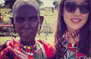 مع إحدى سيدات كينيا