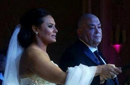 عماد أديب ومروة حسين خلال الزفاف.