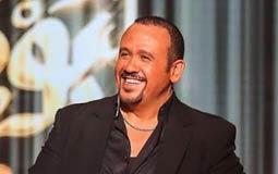 هشام عباس في أولى حلقات برنامجه: متوتر