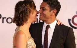 أسر ياسين وزوجته كنزي في ختام مهرجان الجونة السينمائي