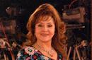 ليلى طاهر تتسلم درع القومي للمسرح بحضور نجوم الفن