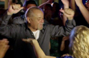 """بالفيديو: محمود عبد العزيز يرقص على """"بشرة خير"""" في """"جبل الحلال"""""""
