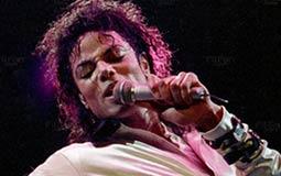 #أساطير_البوب- مايكل جاكسون مغنِ أثر في كل سكان العالم