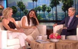 بالفيديو- إلين ديجينريس تُحرج ميلا كونيس بسؤالها عن علاقتها الحميمية مع زوجها آشتون كوتشر