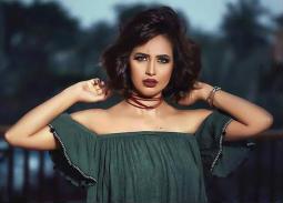 بالفيديو- رنا سماحة تطالب بتعويض 5 مليون جنيه بعد تسريب ألبومها