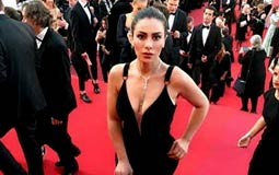 """صبا مبارك في إيطاليا لحضور مهرجان """"فينيسيا"""" السينمائي"""