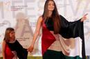 صورة: فنانة بوسنية تدعم فلسطين بفستانها!