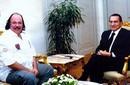 """طلعت زكريا: أنصح محمد مرسي بالرحيل وسأقدم له """"حارس الرئيس"""""""