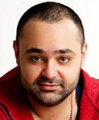 خالد عز