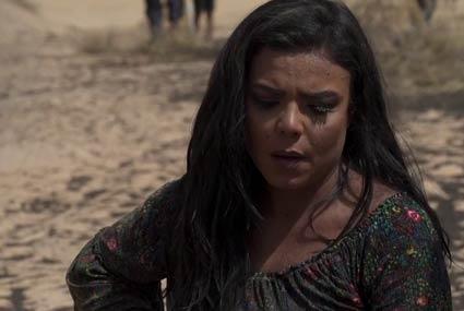"""ناهد السباعي لـ""""رامز تحت الأرض"""": لو كان جدي موجودا لدفنك في الصحراء"""