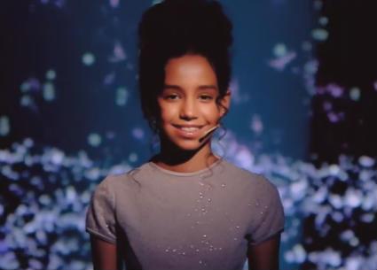 مي خالد تعرض موهبتها في الغناء في Little Big Stars