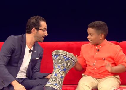 مشترك في Little Big Stars يفاجئ أحمد حلمي باسم الطبلة في البحرين
