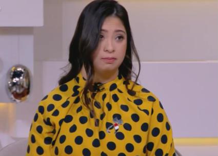 رحمة خالد..أول مذيعة في العالم لديها متلازمة داون تقدم برنامجا تليفزيونيا على الهواء